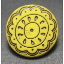 Bouton fleur arabesque jaune 15mm