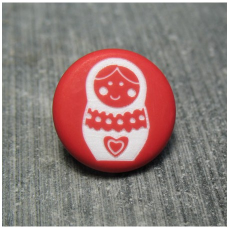Bouton poup e russe rouge 15 mm auchtibouton for Poupee russe