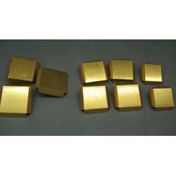 Lot 9 boutons métal or