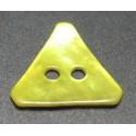 Nacre triangle jaune 15 mm b29