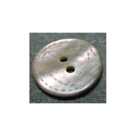Bouton nacre rose coeur pointillé laser 18 mm b31