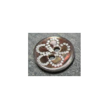 Bouton nacre marron fleur laser b31