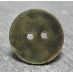Bouton nacre g22 gomme kaki 18 mm b68