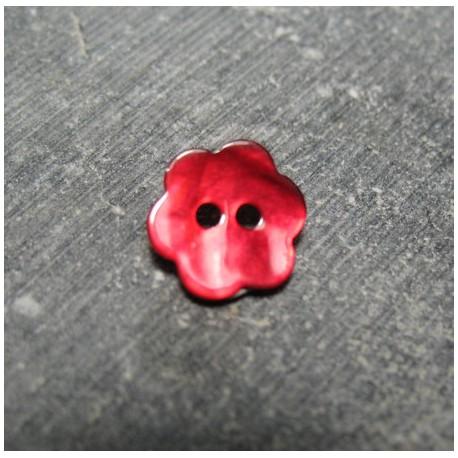 Bouton nacre fleur rouge 15 mm