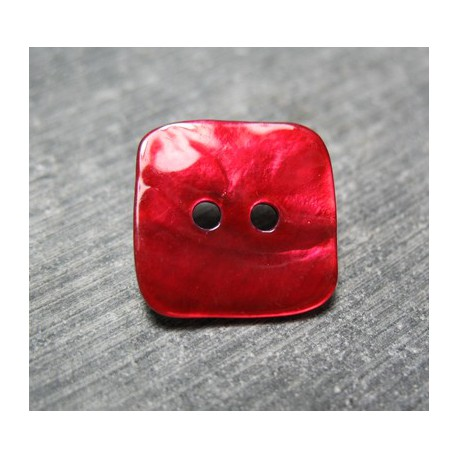 Nacre carré rouge 18 mm