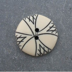 Bouton gravure hexagonal 22 mm b10