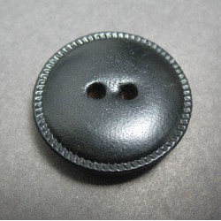 Bouton cuir noir 27 mm b20b