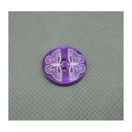 Bouton nacre laser papillon violet 18mm