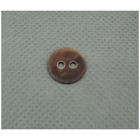 Bouton nacre touché gomme marron 11mm