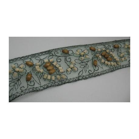 Ruban tulle grise + perles bois 46mm