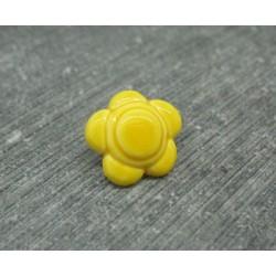 Bouton fleur 5 pétales jaune emaillé verni 12mm