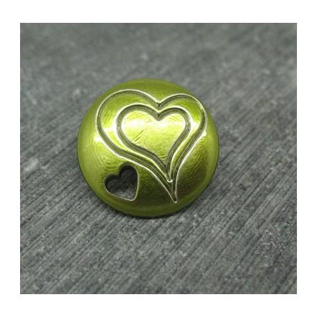 Bouton coeur gravé percé vert 18mm