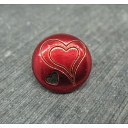 Bouton coeur gravé percé rouge 15mm