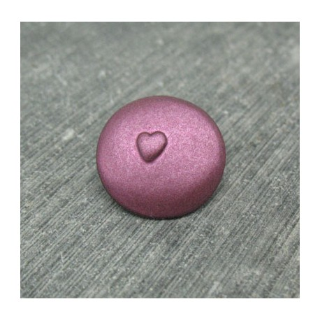 Bouton coeur relief violet 18mm