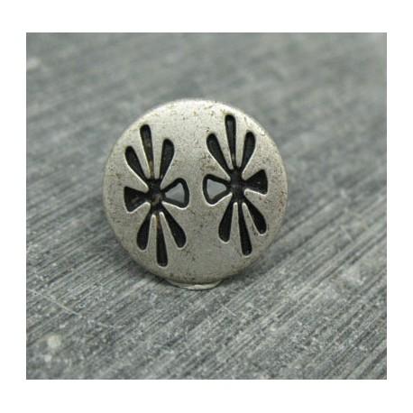 Bouton fleurette vieil argent 15mm