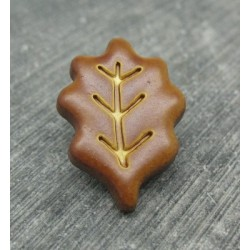 Bouton feuille de chêne caramel 25mm