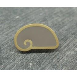 Bouton escargot stylé gris or 22mm
