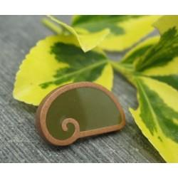 Bouton escargot stylé vert or 18mm