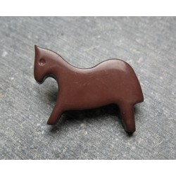 Bouton cheval marron 25 mm b72