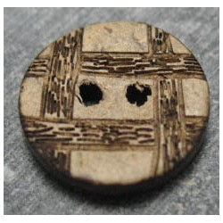 Bouton coco quadrillé 15 mm b36